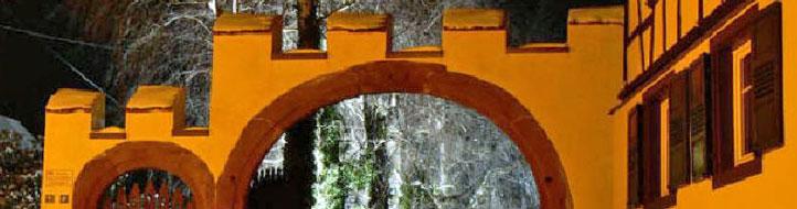 Berstett Eingang zum alten Schloss