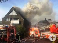 Brand eines Mehrfamilienhauses im Sölden - Foto FFW Bollschweil